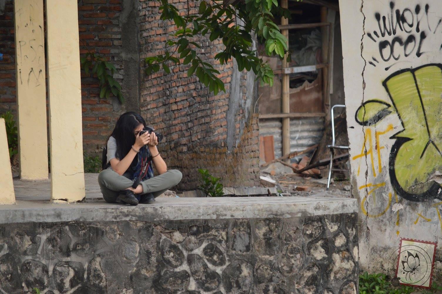étudiante en journalisme à Sekolah Vokasi