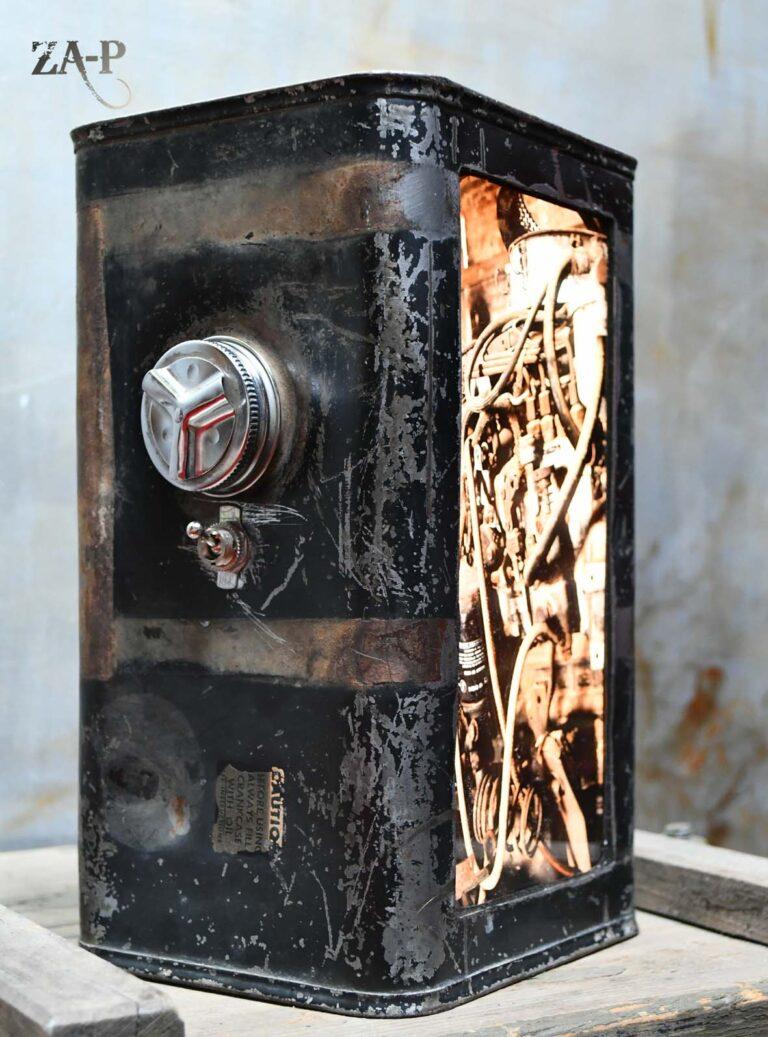 MotoR réservoir recyclé / ampoules LED / impression photo moteur de locomotive (n´est plus disponible)