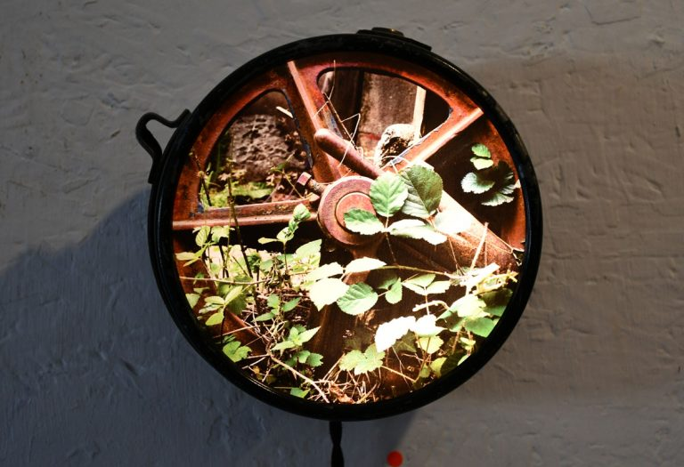 Compteur recyclé / ampoules LEDs / impression photo URBEX BEST OF (n´est plus disponible)