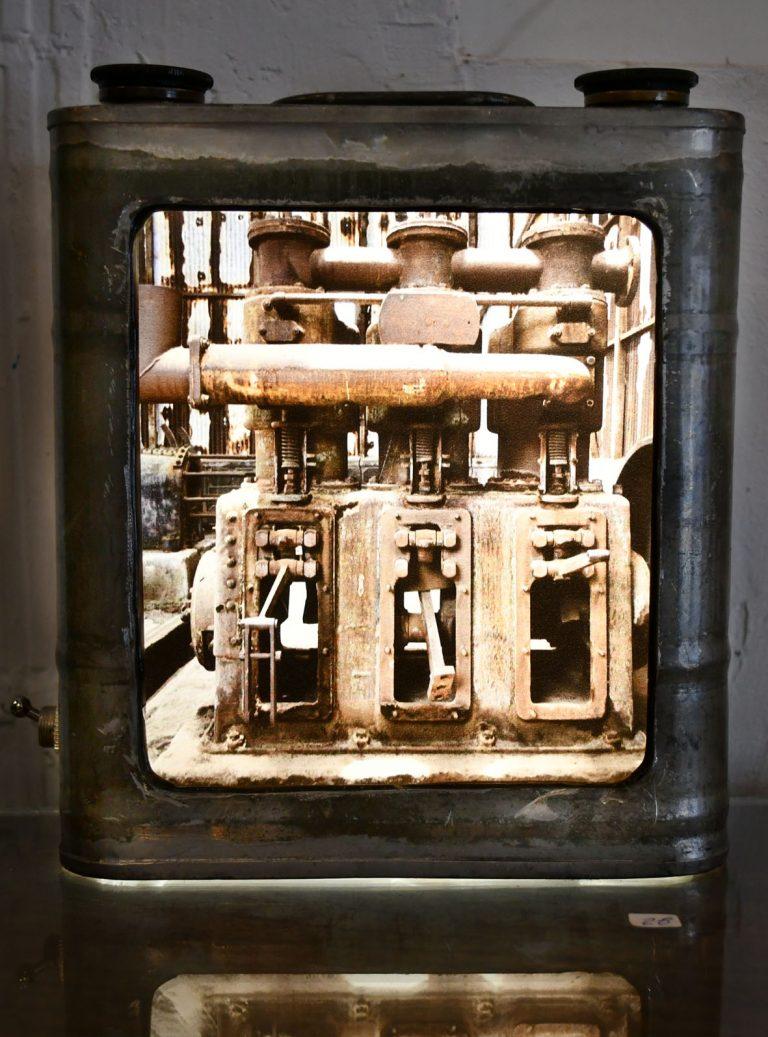 Ancien bidon huile double bouchon / ampoules LEDs / impression photo HUMBERSTONE